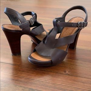 Chie Mihara dark brown sandals size 40 (size 9)